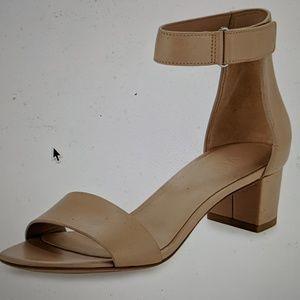 Vince Rita leather block heel sandal sz 9.5
